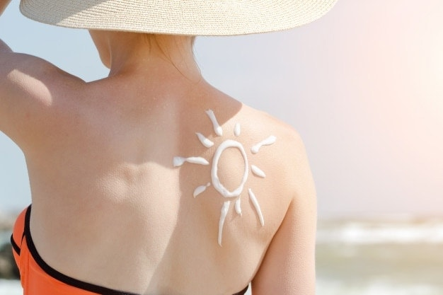 anti aging: Use Sunscreen Daily