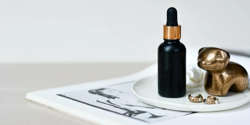 skincare routine: essence and serum